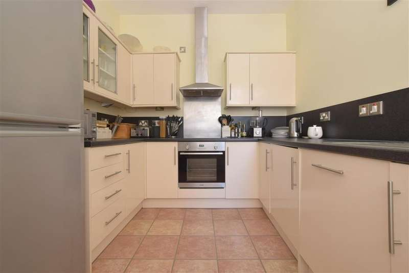 3 Bedrooms Terraced House for sale in Frensham Road, , Southsea, Hampshire