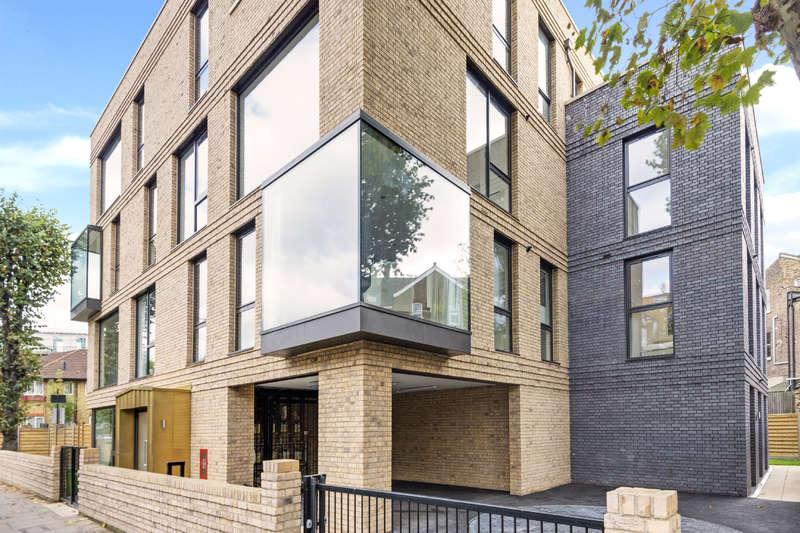 3 Bedrooms Flat for sale in Elgin Avenue, Maida Vale