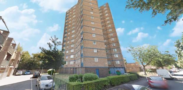 2 Bedrooms Flat for sale in John Cornwell House, Ilford, Greater London, E12 5LY