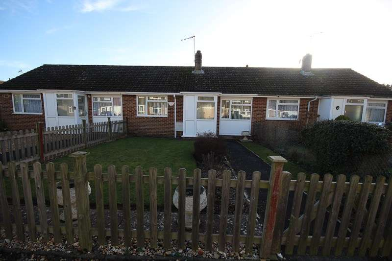 2 Bedrooms Terraced Bungalow for sale in Hightown Gardens, Ringwood