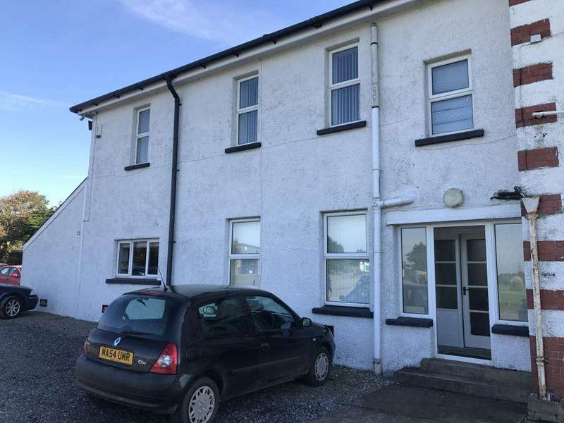 2 Bedrooms Terraced House for rent in Clay Lane, Milford Haven, Pembrokeshire