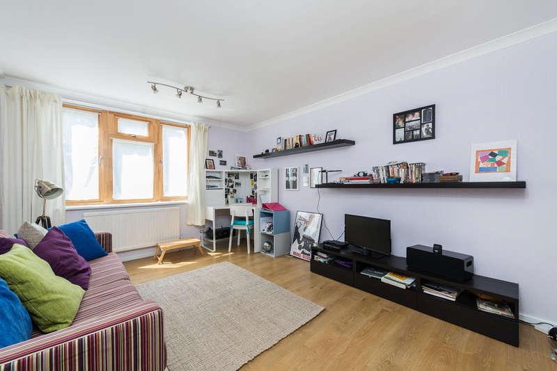 1 Bedroom Flat for sale in Burnt Ash Hill, Lee, SE12