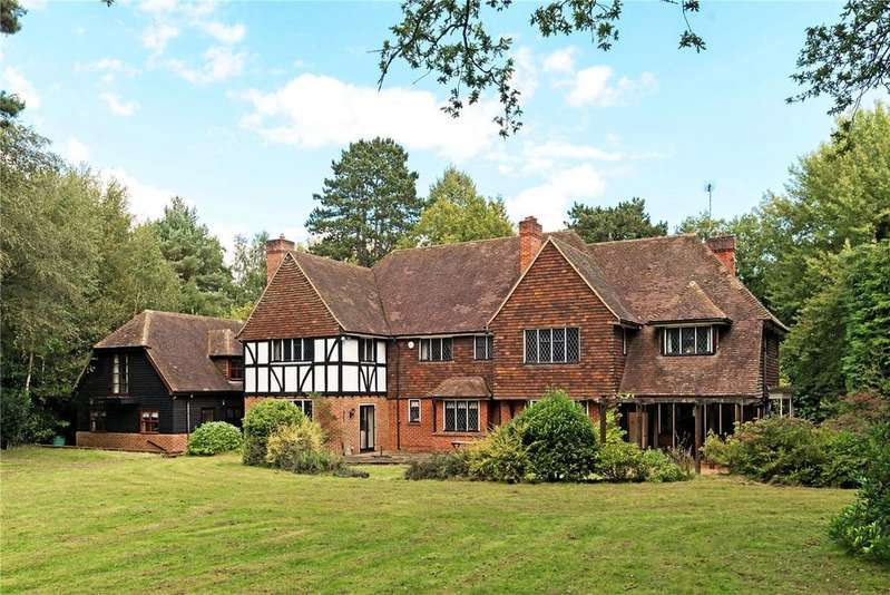 5 Bedrooms Unique Property for sale in Blackhorse Road, Woking, Surrey, GU22
