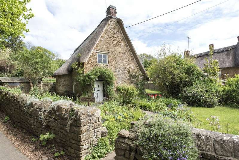 2 Bedrooms Detached House for sale in Alkerton, Banbury, Oxfordshire, OX15