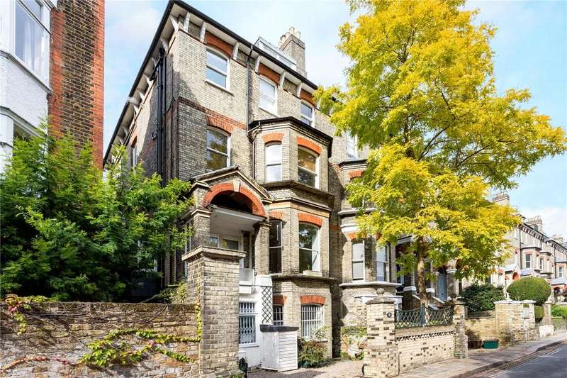 2 Bedrooms Flat for sale in Cannon Place, Hampstead, London, NW3
