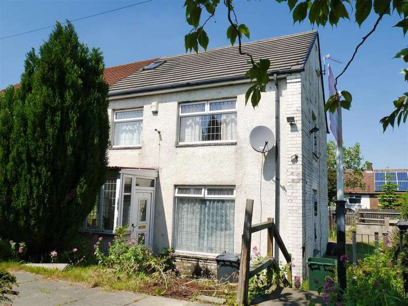 4 Bedrooms Town House for sale in Lulworth Grove, Holmewood, BD4 9AN