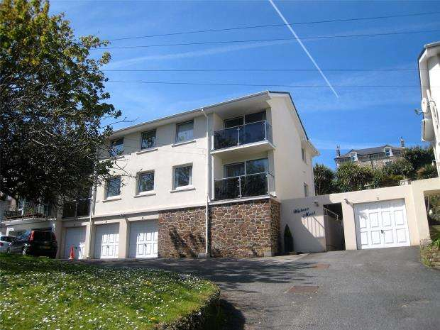 8 Bedrooms Flat for sale in Beach Road, Porth, Newquay, Cornwall