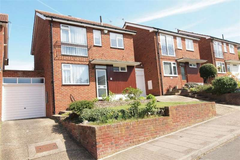 3 Bedrooms Detached House for sale in Hawthorndene Road, Hayes, Bromley, Kent
