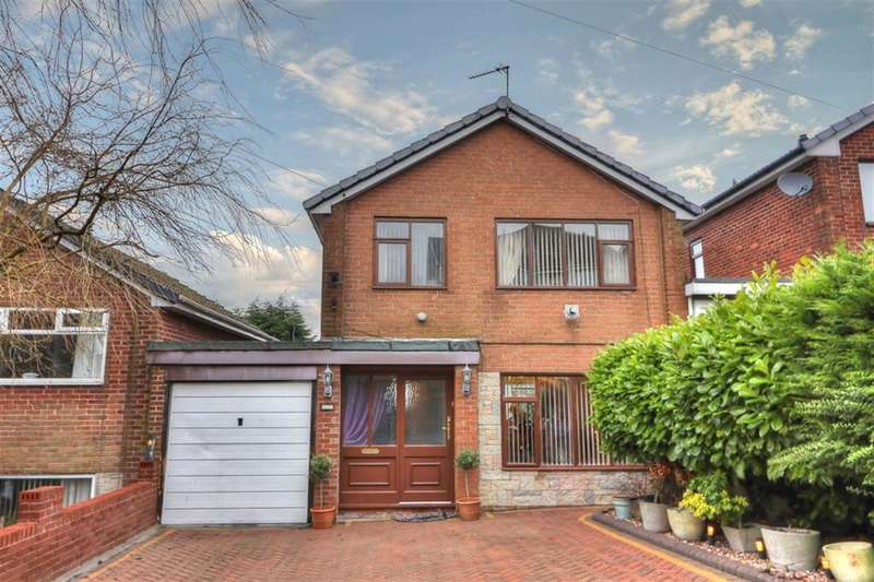 3 Bedrooms Detached House for sale in Bridge Bank Rd, Smithy Bridge, OL15 8QX