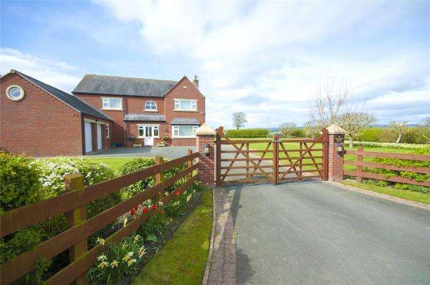 4 Bedrooms Detached House for sale in Orchard House, Horsebridge Road, Minsterley, Shrewsbury