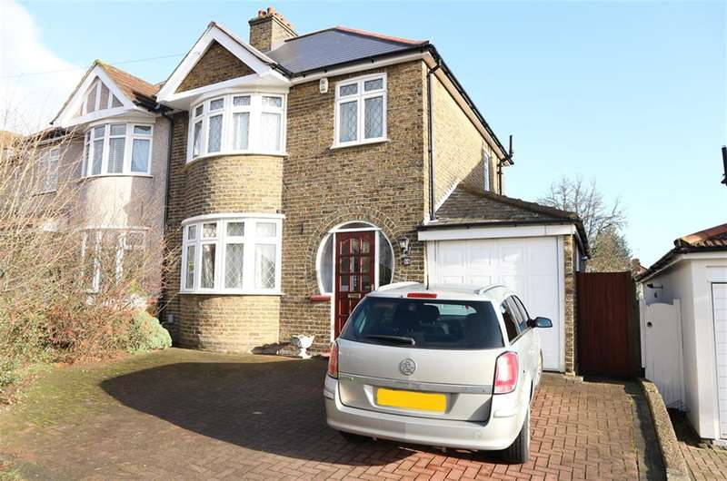 3 Bedrooms Semi Detached House for sale in Barnehurst Avenue, Bexleyheath, Kent, DA7 6QB
