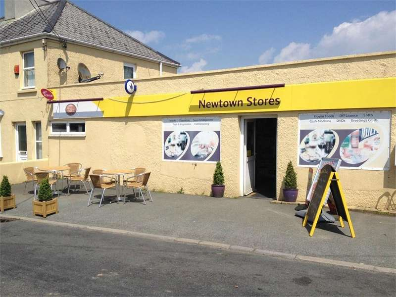 3 Bedrooms Semi Detached House for sale in Newtown Stores, 39 Newtown Road, Hook, Haverfordwest, Pembrokeshire