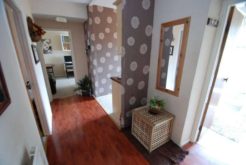 2 Bedrooms Apartment Flat for sale in Mansfield Road, Barnsley S71