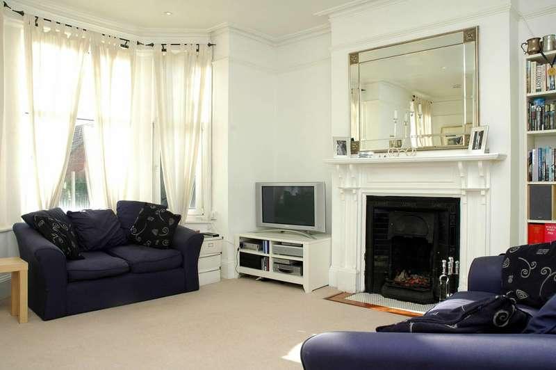 2 Bedrooms Maisonette Flat for sale in Upper Richmond Road West, East Sheen, SW14
