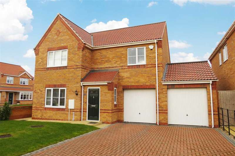 4 Bedrooms Detached House for sale in Finch Drive, Sleaford
