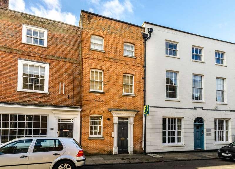 Studio Flat for sale in Quarry Street, Guildford, GU1
