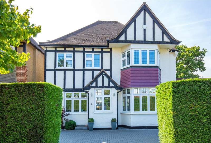 4 Bedrooms Detached House for sale in Hazel Gardens, Edgware, London, HA8