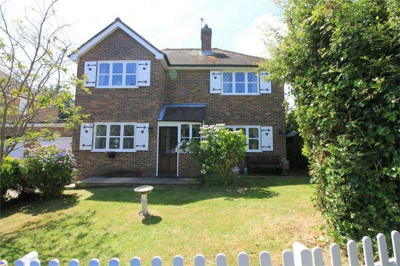 3 Bedrooms Detached House for sale in Cottage Lane, WESTFIELD, East Sussex