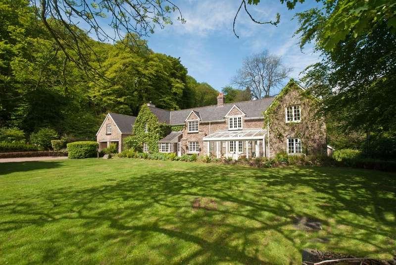5 Bedrooms Detached House for sale in Dulverton, Exmoor