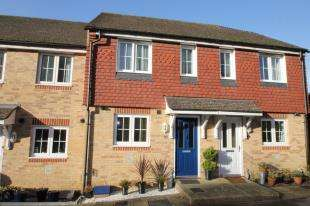 2 Bedrooms House for sale in Garland Close, Petworth, West Sussex