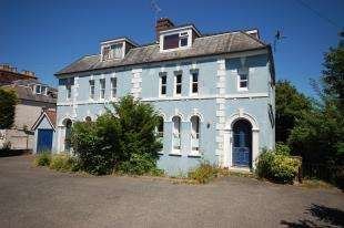 1 Bedroom Flat for sale in New Town, Uckfield, East Sussex