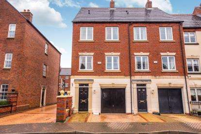3 Bedrooms End Of Terrace House for sale in Ladybank Avenue, Fulwood, Preston, Lancashire, PR2