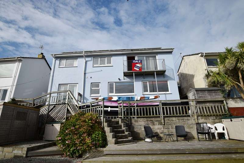 4 Bedrooms Detached House for sale in Lower Tywarnhayle Road, Perranporth