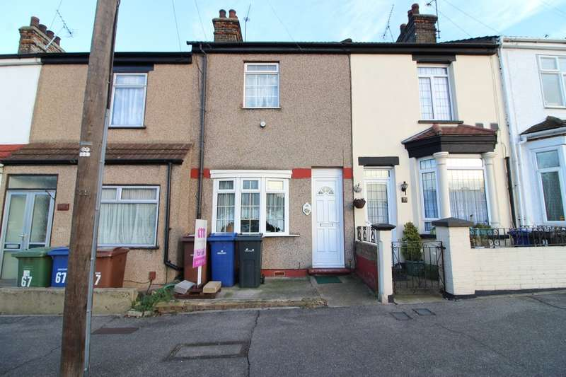 2 Bedrooms Terraced House for sale in Stanley Road, Grays
