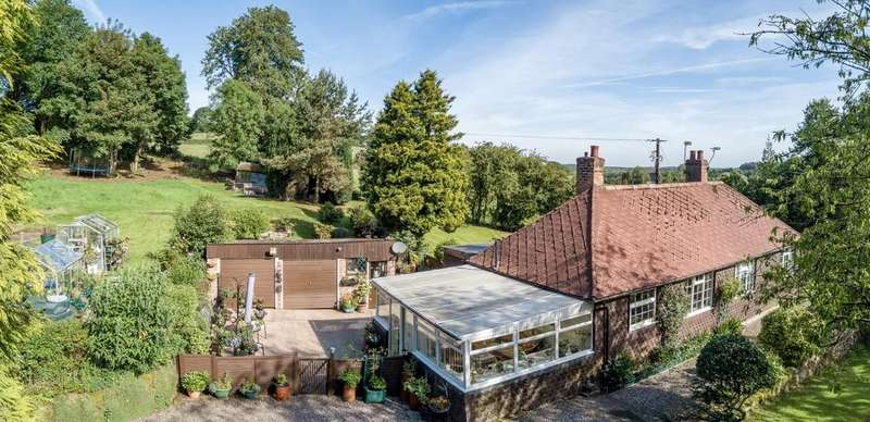 3 Bedrooms Detached Bungalow for sale in Yonder Bungalow, Chester Road, Delamere