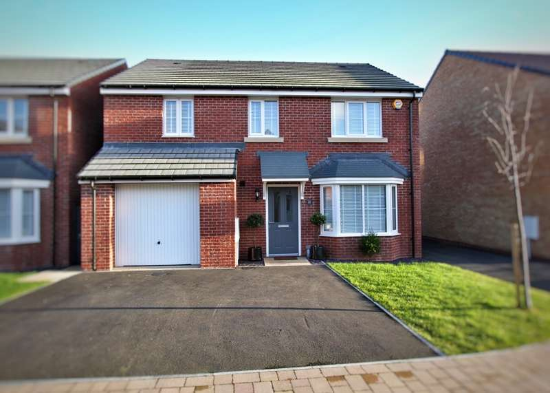 4 Bedrooms Detached House for sale in Hurricane Way, Rogertstone, Newport