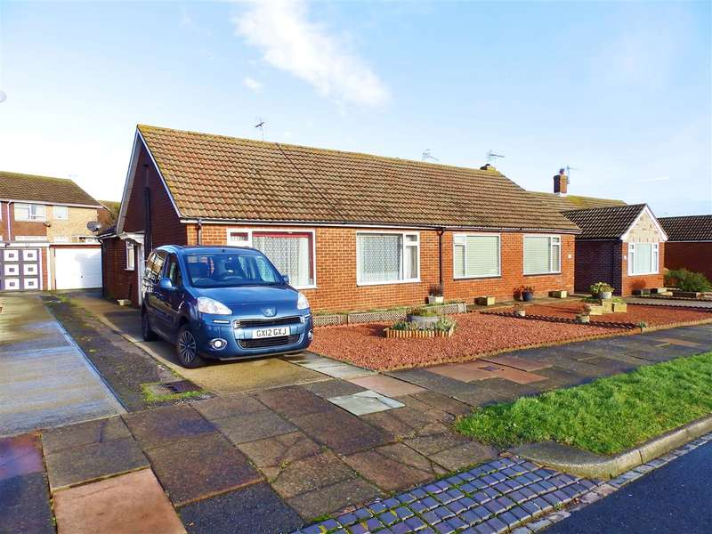 2 Bedrooms Bungalow for sale in Rise Park Gardens, Eastbourne