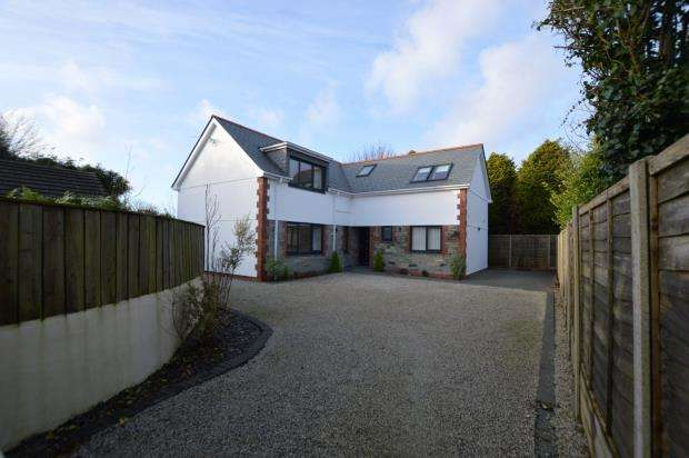 5 Bedrooms Detached House for sale in West Road, Quintrell Downs, Newquay, Cornwall