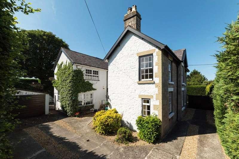 4 Bedrooms Detached House for sale in Llanfair Road, Abergele