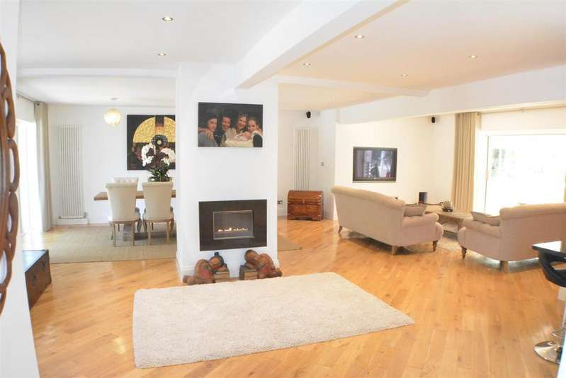 5 Bedrooms Detached House for sale in The Avenue, Mansfield