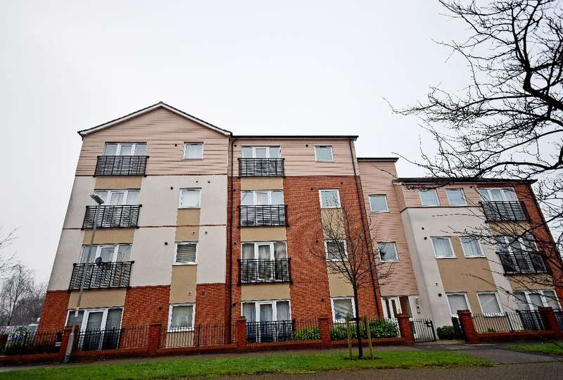 2 Bedrooms Apartment Flat for sale in Tumbler Grove, Wolverhampton WV10 0AT