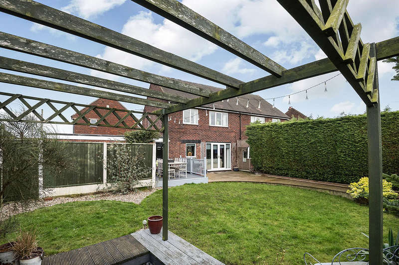 3 Bedrooms Semi Detached House for sale in Worsborough View, Tankersley, Barnsley, S75