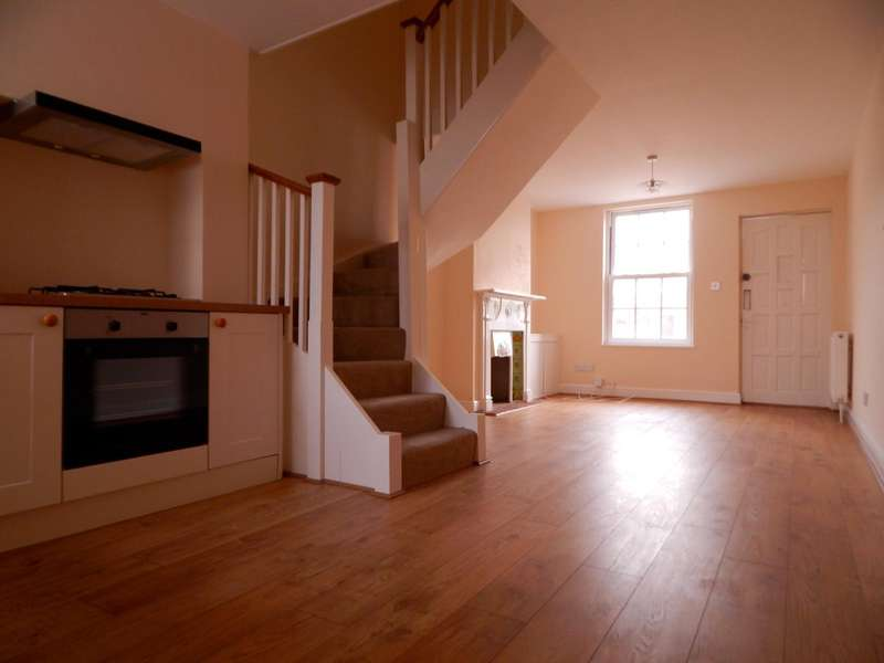 2 Bedrooms Terraced House for rent in Seaside, Eastbourne