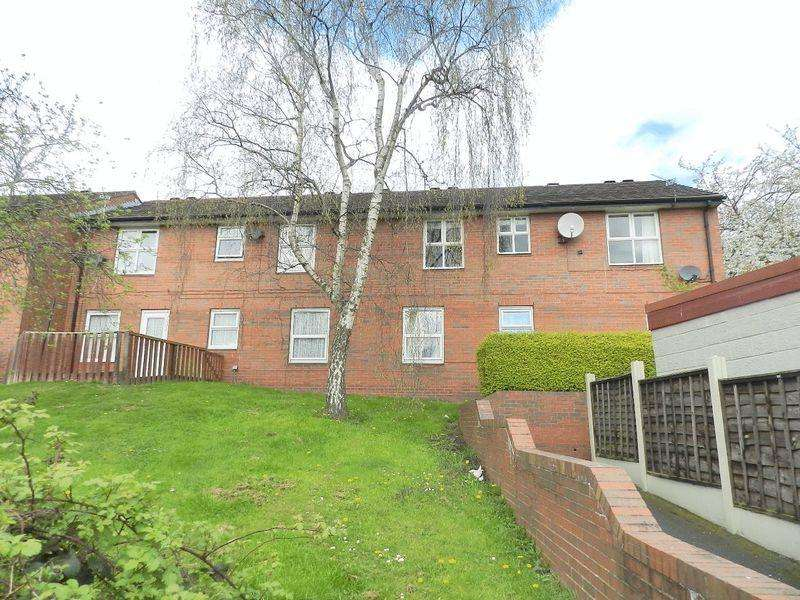 2 Bedrooms Flat for sale in Johnston Street, Leeds