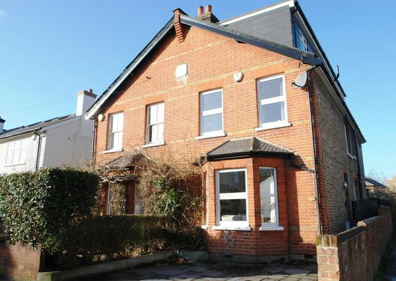 4 Bedrooms Semi Detached House for sale in Worthington Road, Surbiton, Surrey