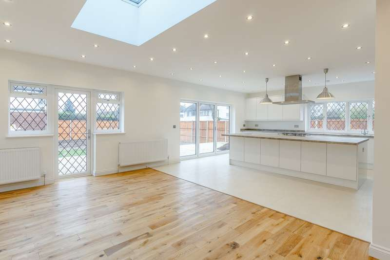 5 Bedrooms Semi Detached House for rent in New Malden