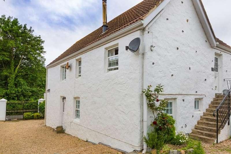 2 Bedrooms Ground Flat for sale in Rue De La Belle, Torteval, Guernsey