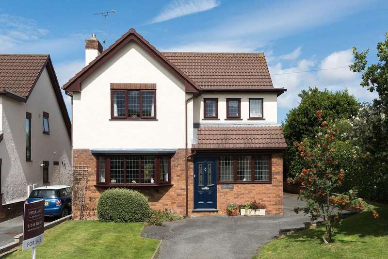 4 Bedrooms Detached House for sale in Roundwood Avenue, Meliden