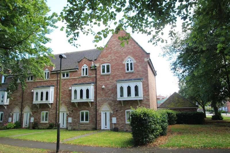 4 Bedrooms Town House for sale in St Lukes Crescent, Sedgefield