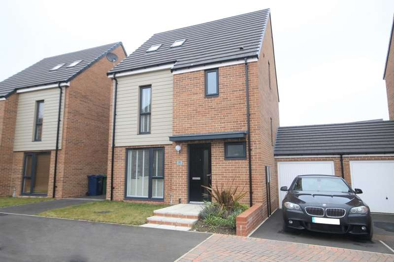 4 Bedrooms Detached House for sale in Chillingham Close, Washington, NE38