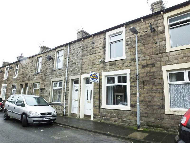 2 Bedrooms Terraced House for sale in Wellington Street, Barnoldswick, Lancashire, BB18