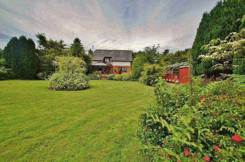 5 Bedrooms Detached House for sale in Long Lane