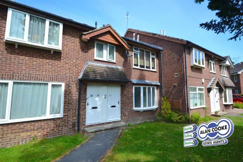 2 Bedrooms Flat for sale in Wycliffe Drive, Moortown