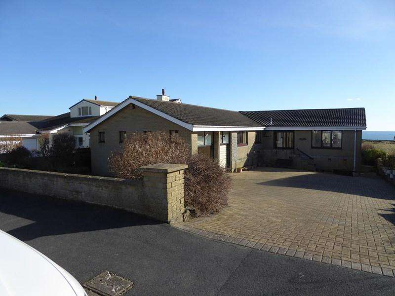 4 Bedrooms House for sale in Perwick Bay, Port St Mary, IM9 5PA