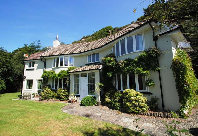 3 Bedrooms Detached House for sale in Longmead, Lynton