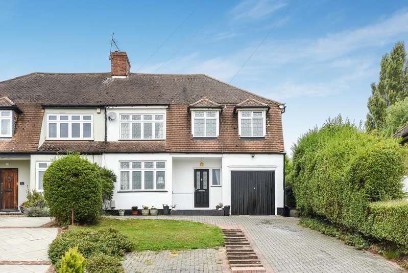 4 Bedrooms Semi Detached House for sale in Seabrook Drive West Wickham BR4